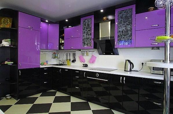 Модульные кухни в ярком фиолетовом цвете